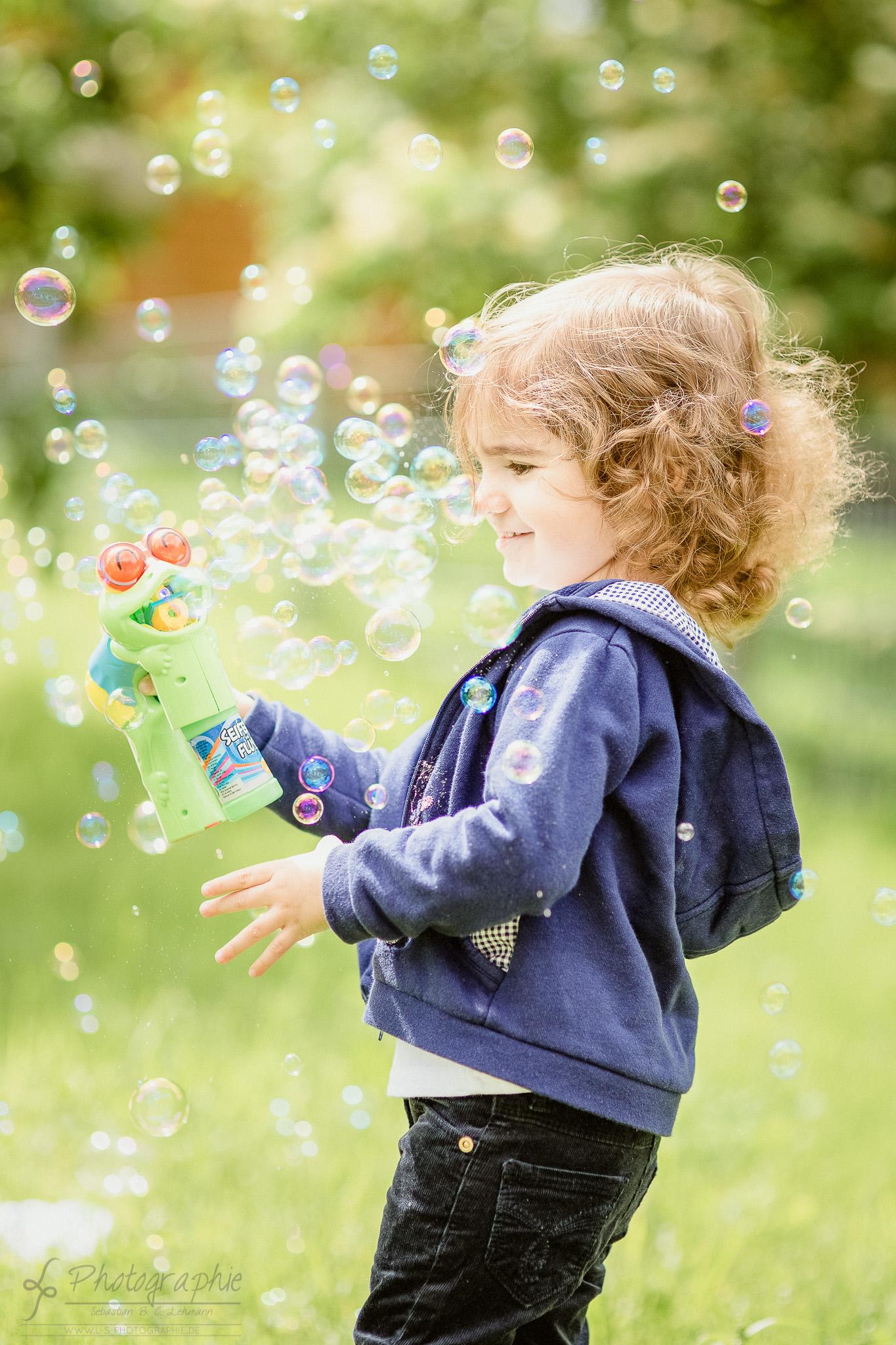 Familienfotograf - Seifenblasen