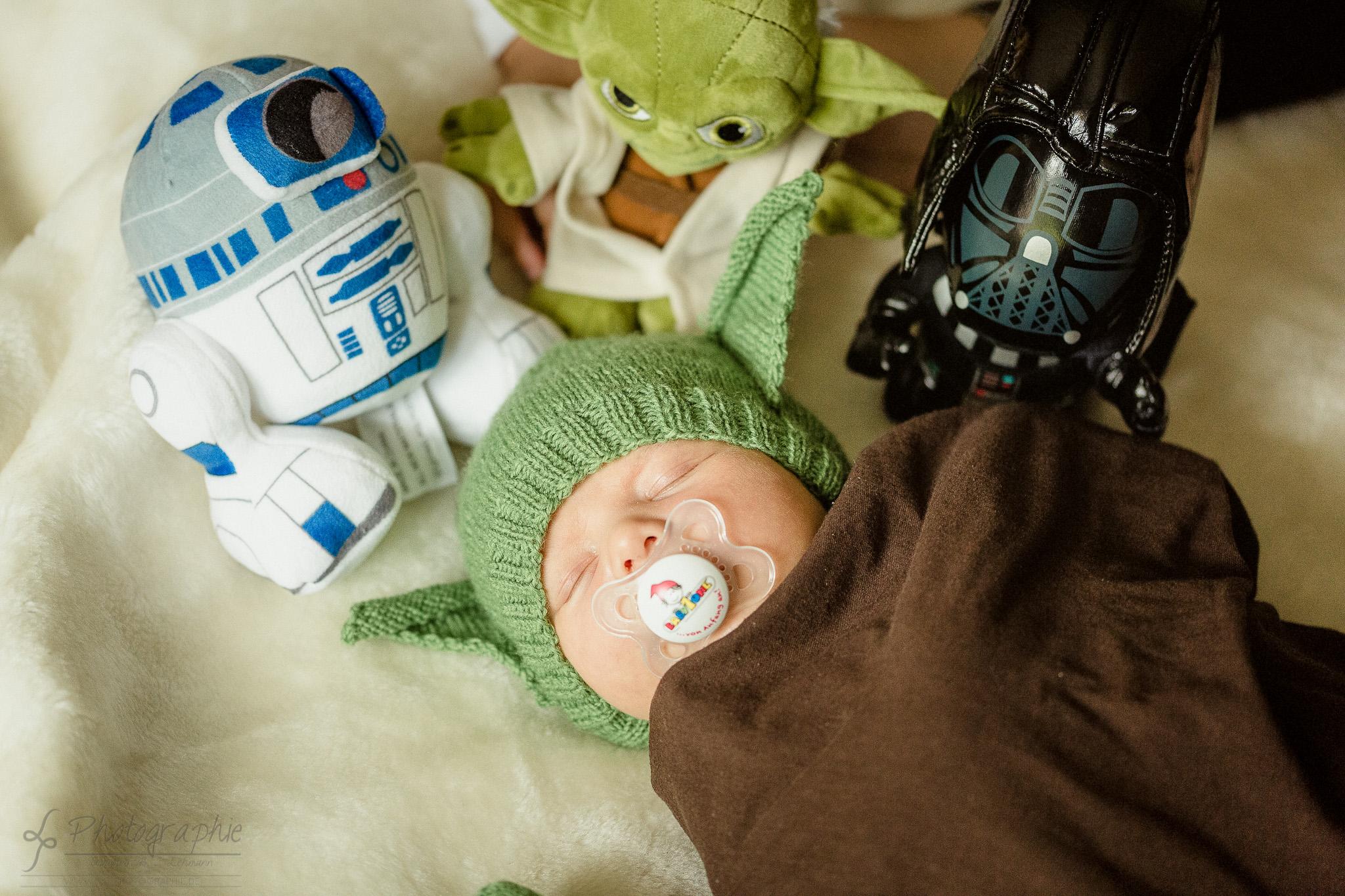 Familienfotograf - Neugeborenenfotografie - Star Wars - Träumen Du musst junger Padawan